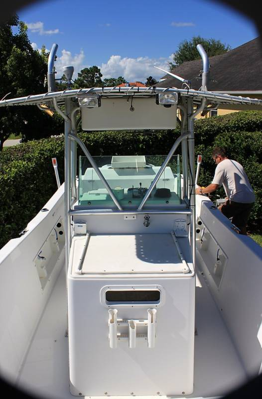 1990 Chris Craft Sea Hawk http://1990chriscraftseahawk.weebly.com/
